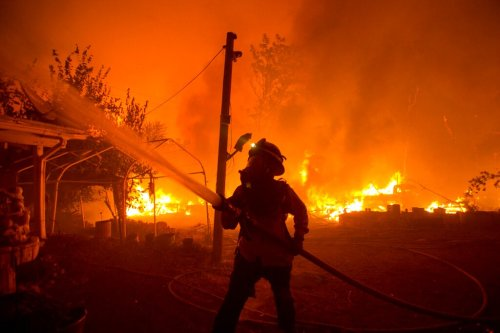 California in for 'another difficult' wildfire year, federal officials forecast