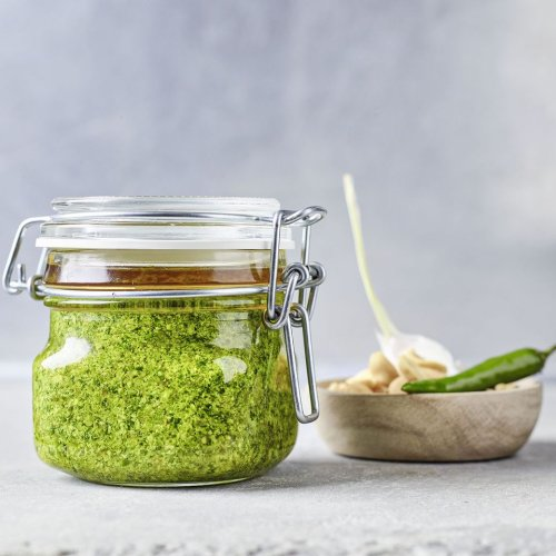 Koriander-Erdnuss-Pesto
