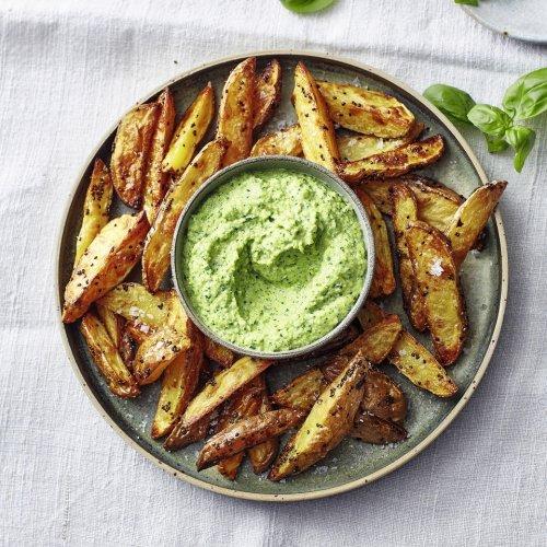 Kartoffeln mit Zucchini-Feta-Creme