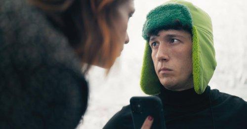 """Serienstar Maximilian Mundt: """"Mit der Einsamkeit kommt die Verrücktheit"""""""