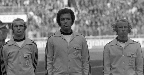"""""""Schwarze Adler"""": Kein Fußball den Faschisten"""