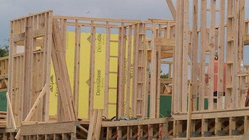 Labor constraints help explain Austin's disparate home prices