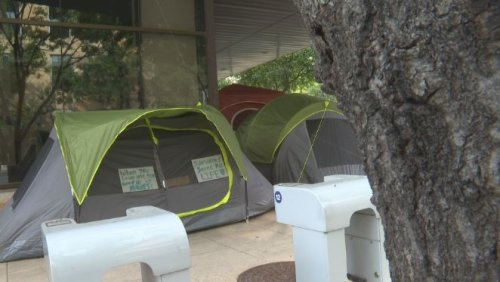 Homeless camps have hurt businesses, economy, Downtown Austin Alliance says