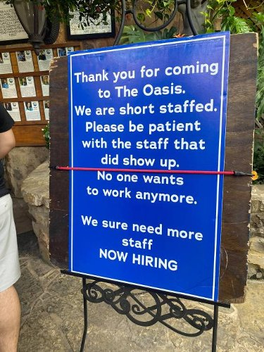 'No one wants to work anymore': Oasis on Lake Travis needs employees
