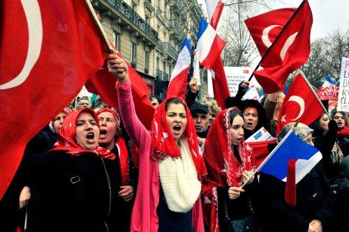 Turcs de France : une communauté sous influence ?