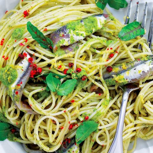 10 Pasta With Anchovies Recipes for the Weekend