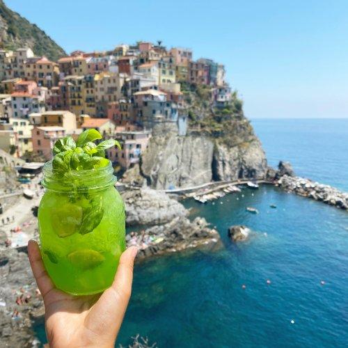 5 Spots for an Aperitivo in Cinque Terre