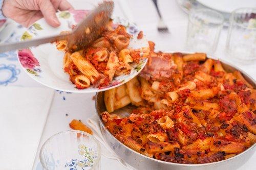 Lidia Bastianich e la Sunday sauce, la ricetta della domenica - La Cucina Italiana
