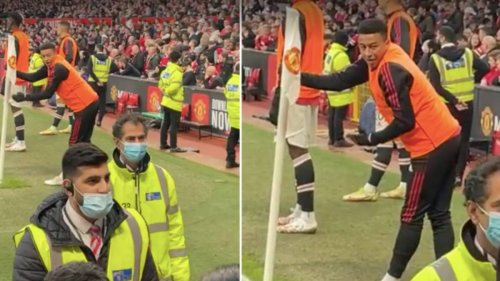 Manchester United Fan Gives Jesse Lingard Abuse While He Warms Up, He Replies: 'I'm Not On The Pitch'