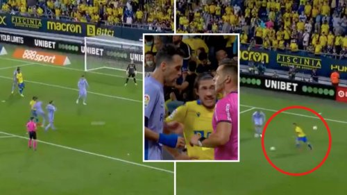 Sergio Busquets Received A 95th Minute Yellow Card For Kicking Second Ball To Stop Cadiz Scoring