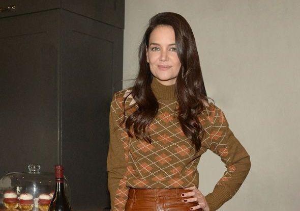 Katie Holmes : son évolution mode, de « Dawson » à aujourd'hui - Elle