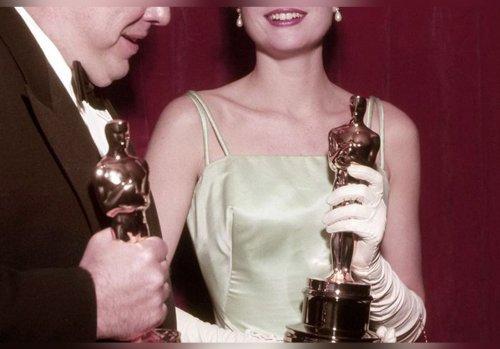 Ce parfum vieux de 99 ans est un porte-bonheur qui a fait gagner un Oscar à une très grande actrice… On peut encore l'acheter