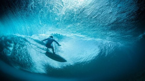 Waaaaves TV : la première tv dédiée au surf animée par Tiga
