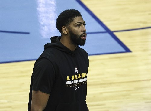 Report: Anthony Davis could suit up when Lakers return to Los Angeles next week
