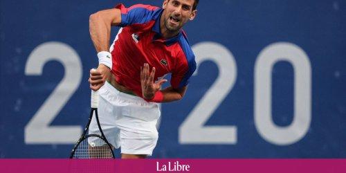 Novak Djokovic avance en huitième de finale du simple en tennis