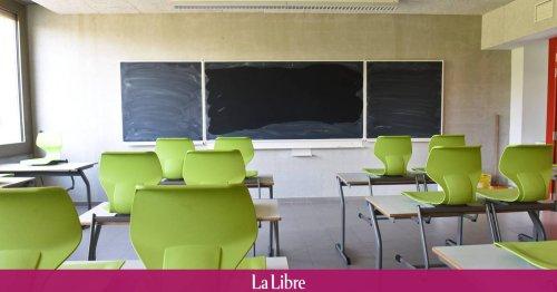 """Les écoles flamandes à Bruxelles sont menacées par une pénurie de professeurs : """"Si ça continue, il va falloir fermer certaines écoles !"""""""