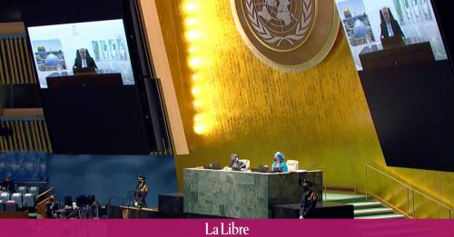 """A l'ONU, Mahmoud Abbas donne """"un an"""" à Israël pour se retirer des territoires palestiniens"""