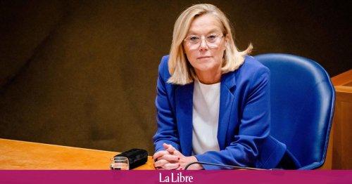 """La ministre néerlandaise des Affaires étrangères démissionne après une motion de censure sur l'opération """"chaotique"""" d'évacuation en Afghanistan."""