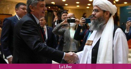 Le pouvoir taliban doit tenir ses engagements pour être reconnu à l'international, déclare le Kremlin
