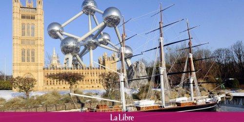 """""""Gardez vos antivax chez vous"""": un média français conseille des lieux touristiques belges où le pass sanitaire n'est pas obligatoire et suscite des critiques"""