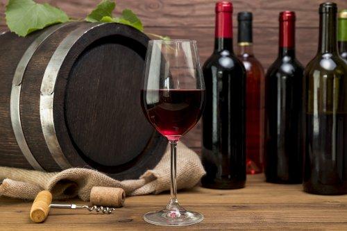 Sono 220 milioni le bottiglie di vino invenduto da inizio pandemia -La Madia