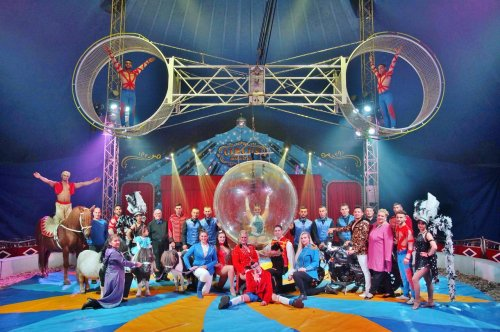 Circus Mondao returns to Lancashire for month long stint after using food banks to survive lockdown