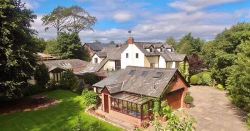 Impossibly charming Lancs house with swimming pool and gym