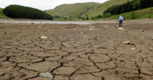 Plea for residents not to have baths as reservoirs run low