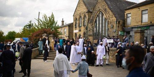 """Au Royaume-Uni, """"les extrémistes contrôlent 40% des mosquées"""""""