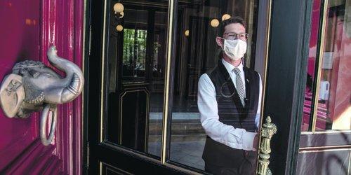 Crise sanitaire : pourquoi le palace La Réserve Paris s'en sort mieux que ses concurrents