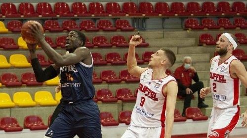 Basket (Pro B) : le Poitiers Basket s'enfonce après sa défaite à Souffelweyersheim (76-92)