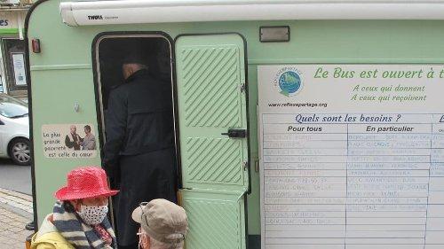 A Châteauroux, le Bus du partage, passerelle entre «deux mondes»