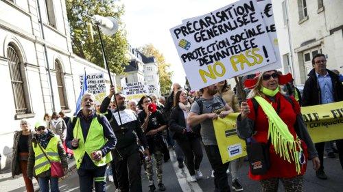 Anti-pass sanitaire à Tours : plusieurs centaines de manifestants toujours mobilisés