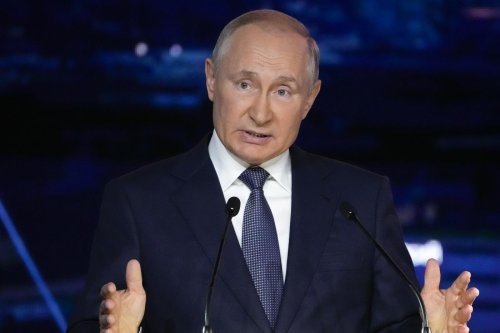 Putin retains supermajority in Russian parliamentary elections, on track to change constitution