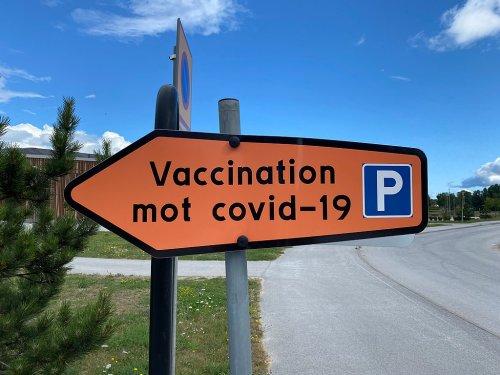 Virus outlier Sweden passes grim COVID-19 milestone