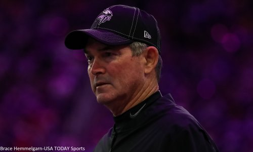 Mike Zimmer threw Kirk Cousins under the bus at halftime