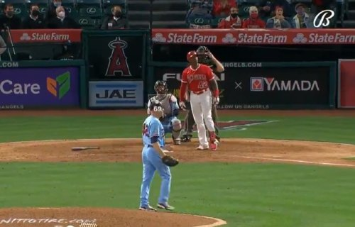 Video: Justin Upton admired the heck out of his grand slam