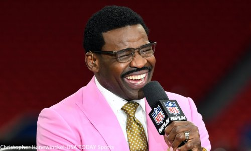 Michael Irvin wonders if Aaron Rodgers created locker room issues for Packers
