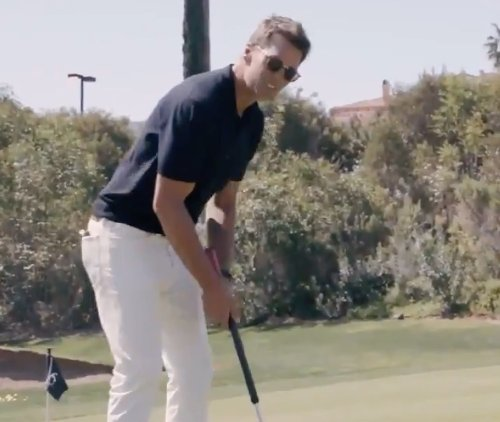 Tom Brady calls out Aaron Rodgers, Bryson DeChambeau in funny putting video