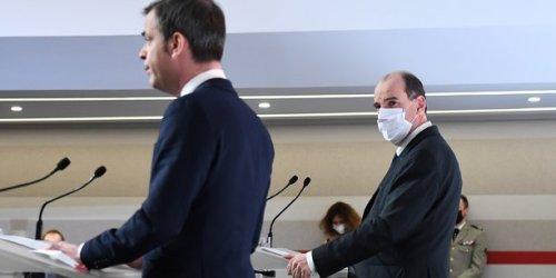 Un an de communication de la crise sanitaire : Macron et les ministres face aux Français