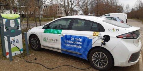 Voiture électrique : les régions françaises face au défi des bornes de recharge