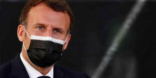 Tous les Français pourront se faire vacciner à partir du 10 mai, si des doses sont disponibles, annonce Macron
