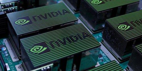 Semi-conducteurs : Londres prêt à bloquer le rachat à 40 milliards de dollars d'Arm (Softbank) par Nvidia