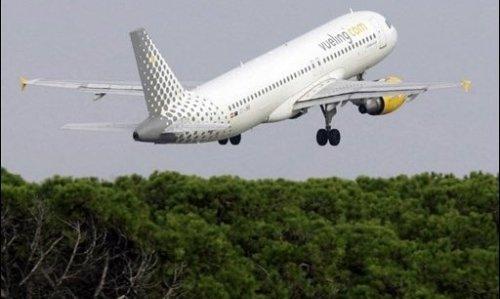 """Vueling rafle la totalité des """"slots"""" lâchés par Air France à Orly pour faire passer l'aide de l'Etat français"""