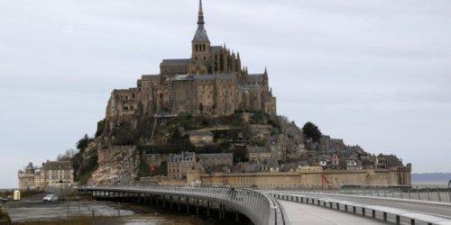 Comment le gouvernement veut faire revenir les touristes en France