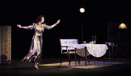 Nos critiques théâtrales de la semaine : Dorothy, Illusions perdues, Moby Dick,