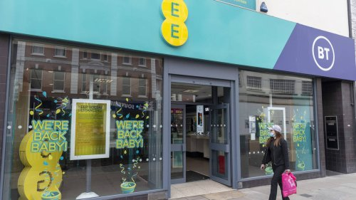 EE reintroduces EU roaming charges, despite saying it wouldn't after Brexit