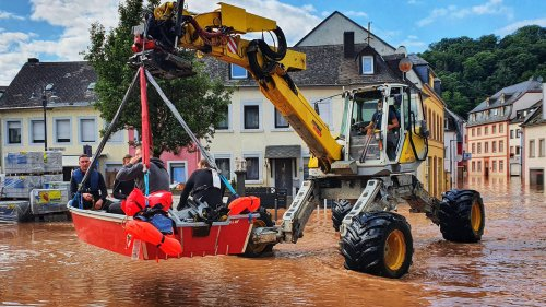 At least 92 dead in devastating floods that hit Germany and Belgium