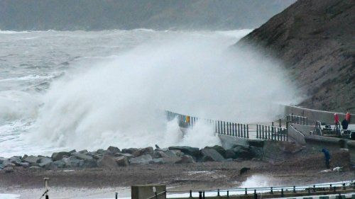 Weather warning issued as Storm Evert gathers pace