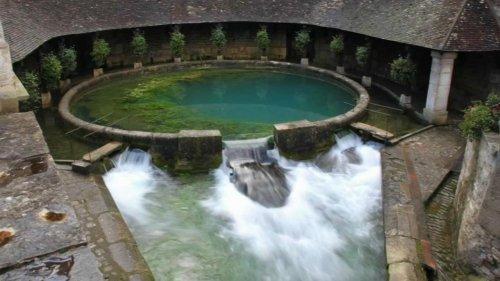 """""""Personne ne sait d'où vient l'eau"""" : le mystère de la fosse Dionne perdure"""
